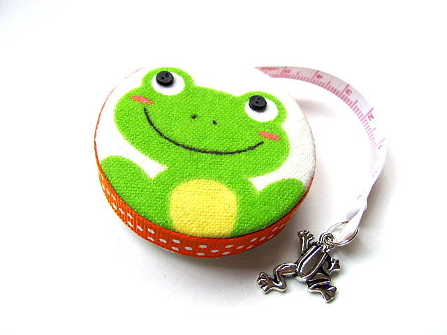 Tape Measure Fish and Frogs Retractable Measuring Tape