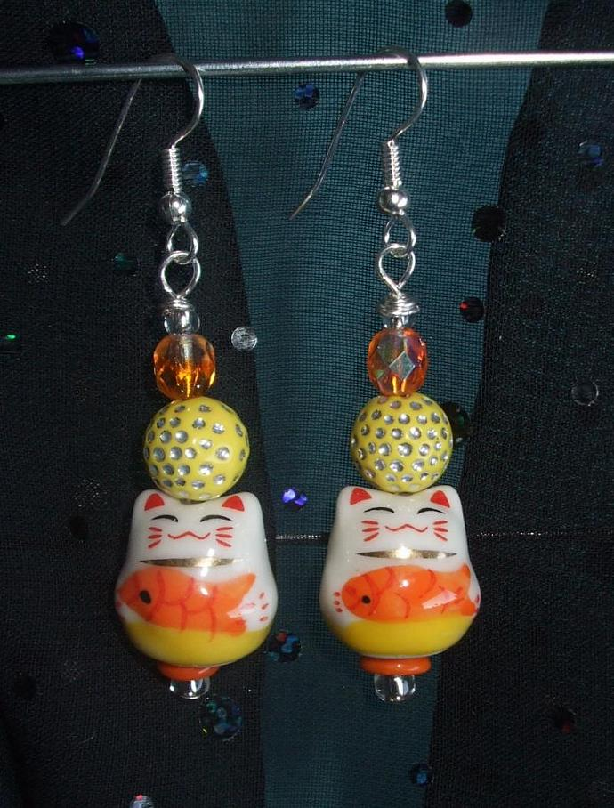 Maneki Neko Sushi Cat Earrings