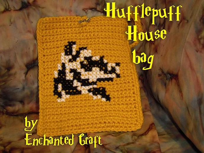Hufflepuff Bag- cozy for your KINDLE 3, e-reader, nook or use it as a wristlet