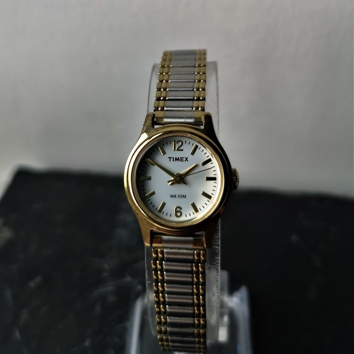 Very Elegant Timex Women's Small Face Watch in Gold Plated and Stainless Steel