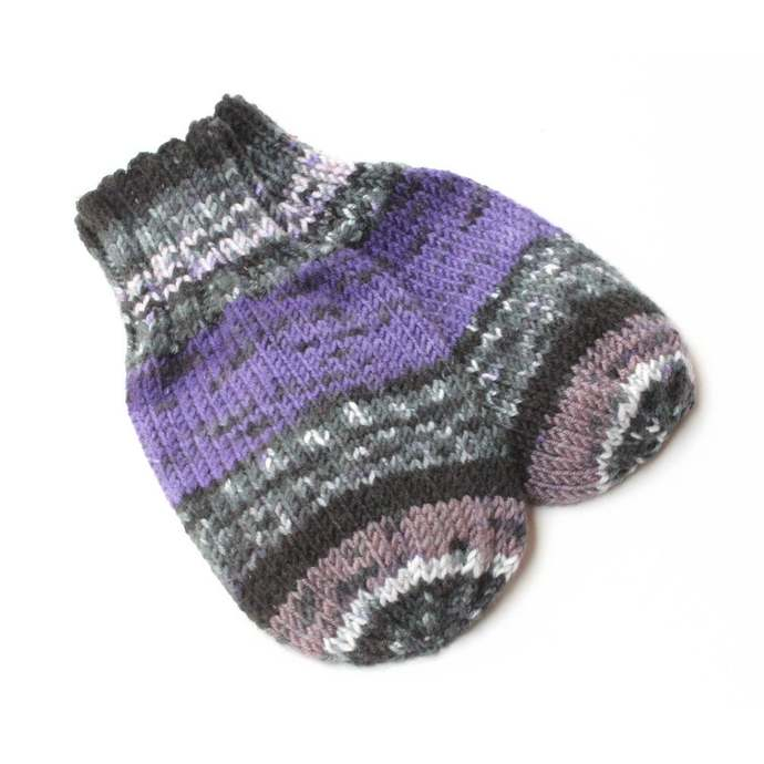Mittens on String Purple, Baby 9 to 12 Months