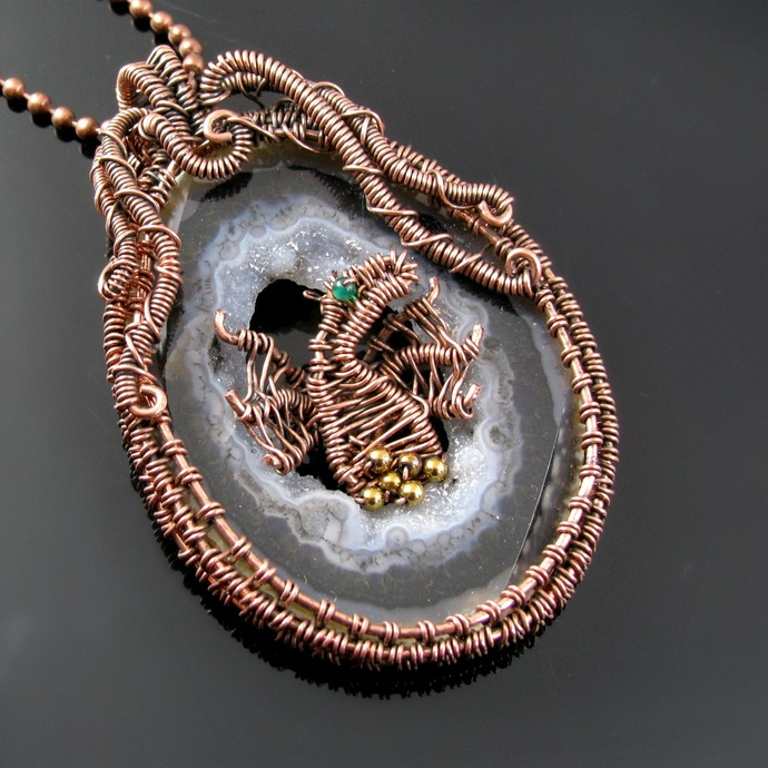 Dragon's Hoard - Wire woven dragon pendant with agate geode slice