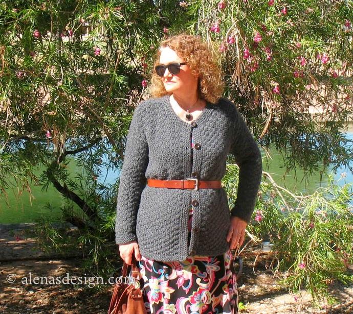 Knitting Pattern 232 Womens Sweater Ladies S, M, L, XL, 2XL Knit Chunky Bulky