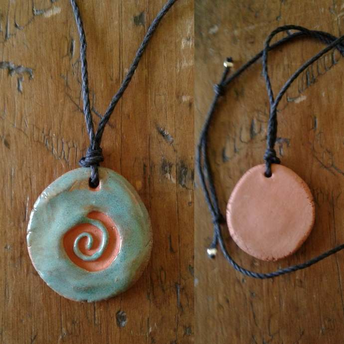 Terra Cotta Spiral Aromatherapy Necklace Turquoise Essential Oil Diffuser