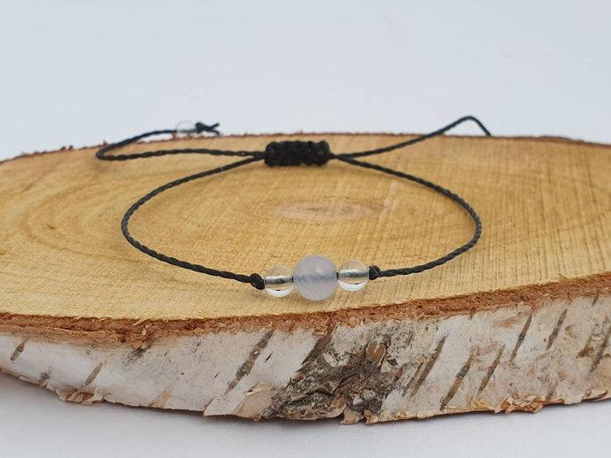 Blue Lace Agate Quartz Bracelet | calms the emotional body - aids confidence in