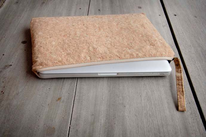 Laptop sase 15 - 16 inch made from cork, handmade laptop sleeve, perfect for