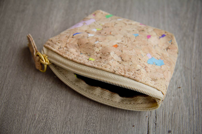 Cork bag, Coin bag, Coin Purse, Mini wallet made of cork with color dots,