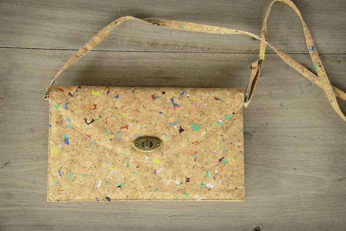 Cork Bag, Kork - Handbag made from recycled cork, Metall lock (Colour)