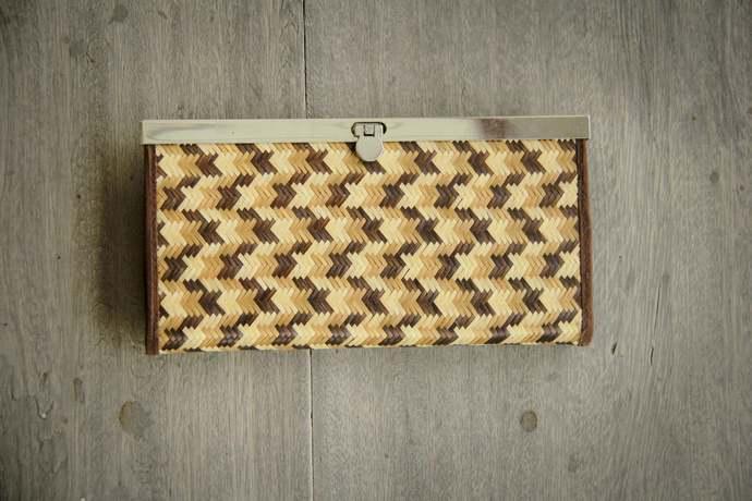Practical wallet, elegant wallet, handmade from colored bamboo fibers, vegan.