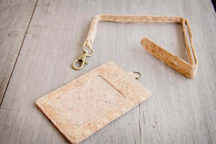 ID-Card Holder made from cork, keychain-case, handmade and vegan