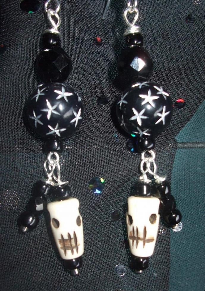 Creepy Skull Earrings