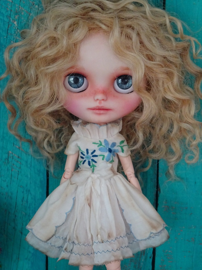 Blythe doll OOAK dress- *Blue Dream* pure silk and hand embroidery