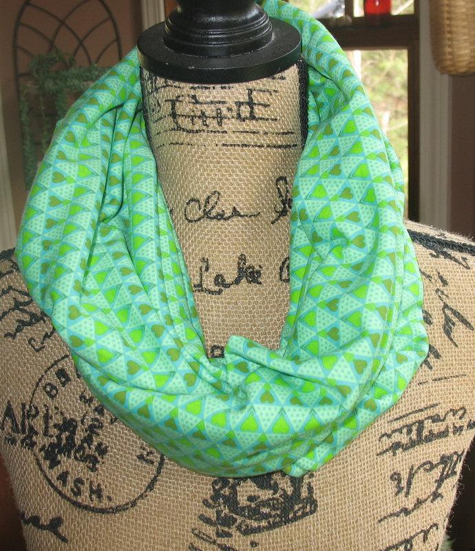 Infinity Pocket Scarf, travel scarf, secret pocket scarf, money pocket scarf,