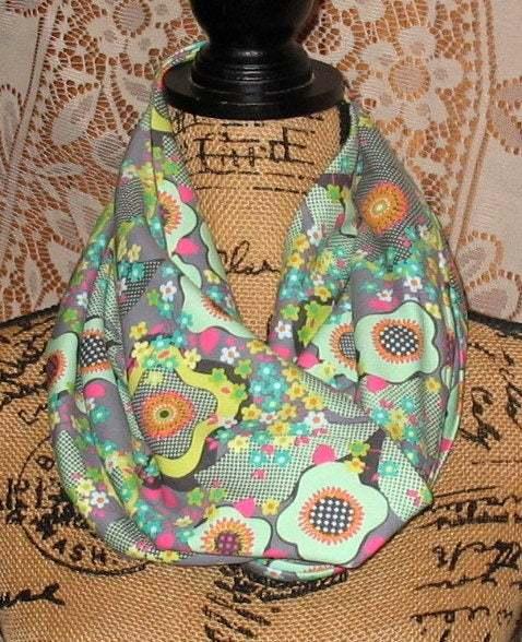 Infinity Pocket Scarf, travel scarf, zipper scarf, money pocket scarf, cell