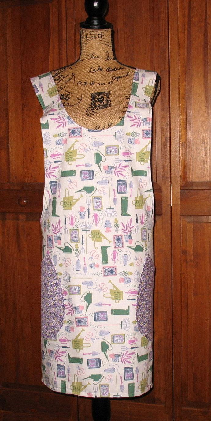 Cross Back apron-Large/XLarge fully lined