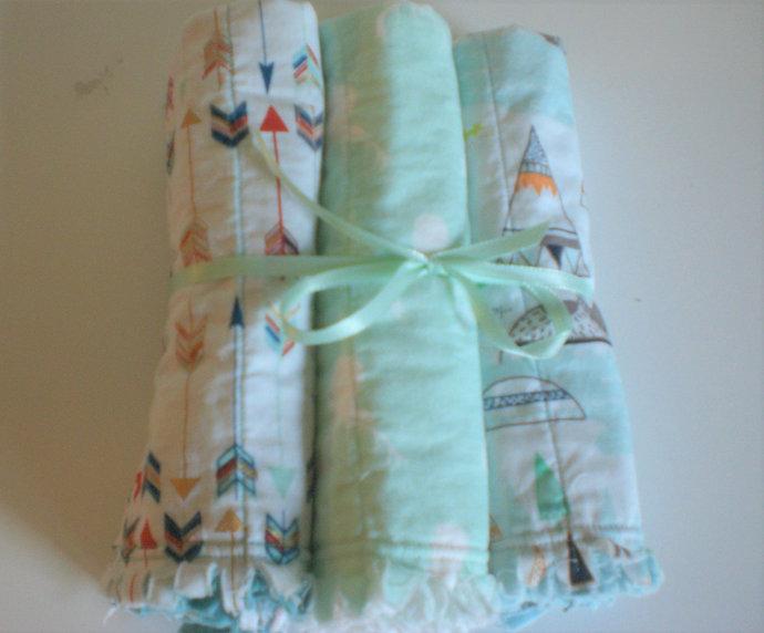 FREE SHIPPING Woodland rag quilt baby burp cloths, burp rags, burpies