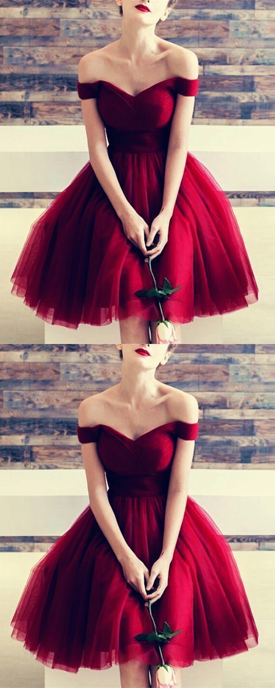 Burgundy Tulle V-neck Off The Shoulder Bridesmaid Dresses Knee Length Prom