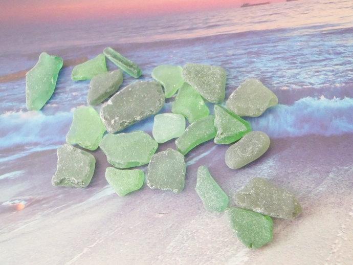 21 green sea glass italian kelly beach mermaid tears mediterranean beach wedding