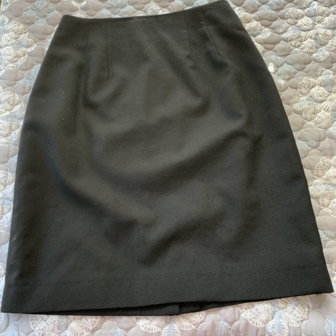 Vintage Embassy Row Pure Wool skirt