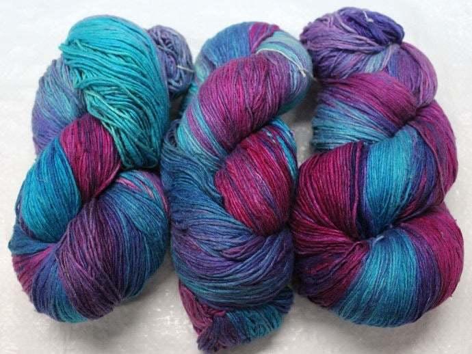 Roving Silk Hand Tie & Die Yarn