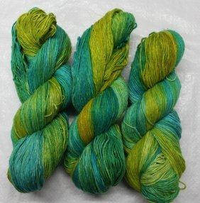Roving Silk Hand Tie & Die Yarn