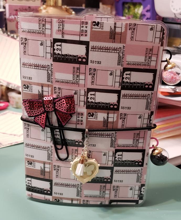 Dark pink bow Passport travelers notebook