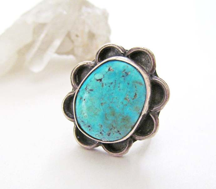 Turquoise Sterling Silver Ring - Vintage Southwestern Native American Jewelry -
