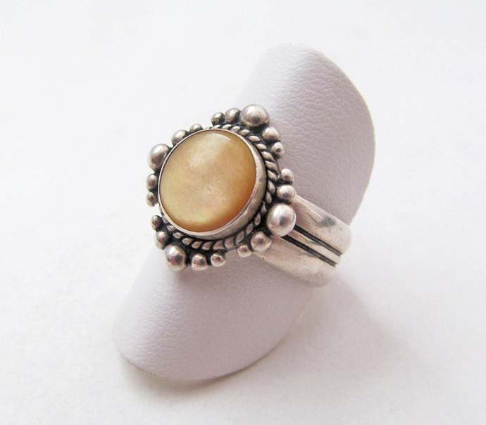 Gold Mother of Pearl Ring - Sterling Silver Ring - Vintage Jewelry - Silver Ring