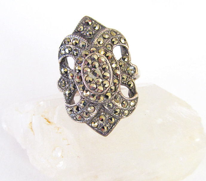 Vintage Marcasite Sterling Silver Ring - Sparkly Stone Ring Size 7-3/4 - Unique
