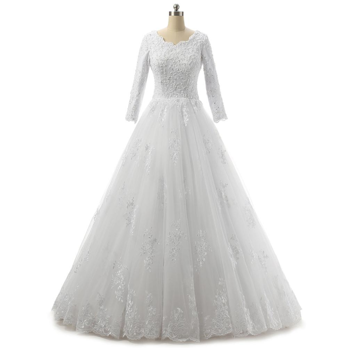 Bateau Neck Lace Tulle Wedding Dress With 3/4 Sleeves 2019 Appliques Wedding