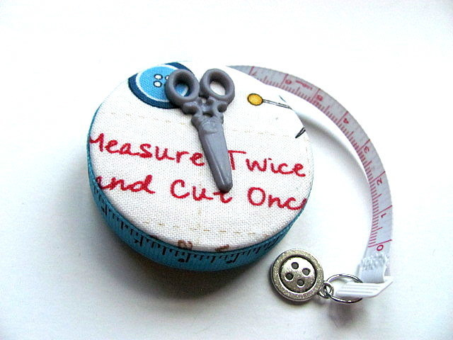 Measuring Tape For A Quilter Retractable Tape Measure