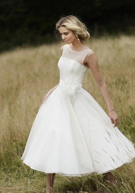Elegant Tulle Tea Length Wedding Dress, Beach Bridal Gowns