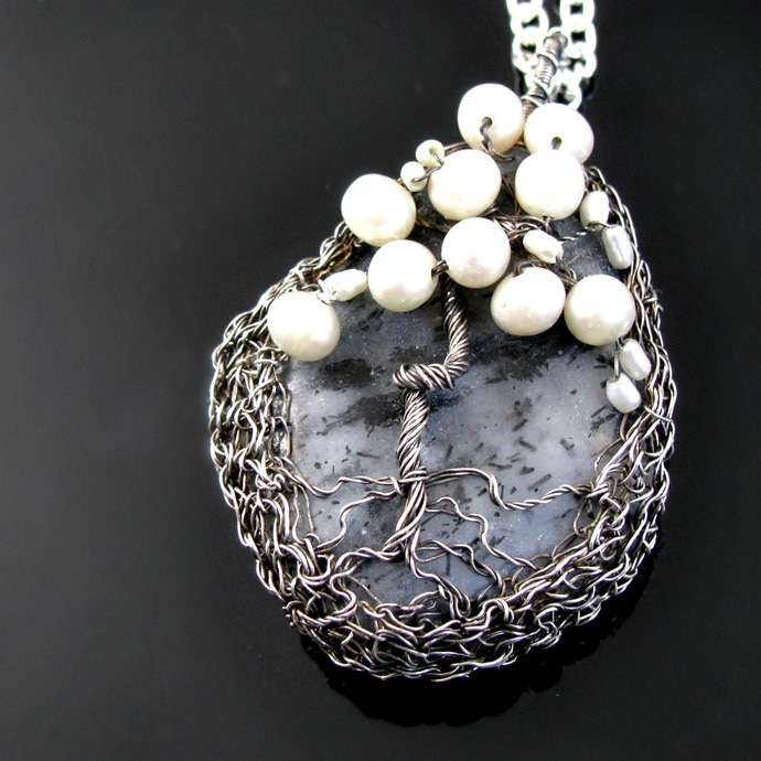 Dark silver wire crochet pendant - Tree of pearls