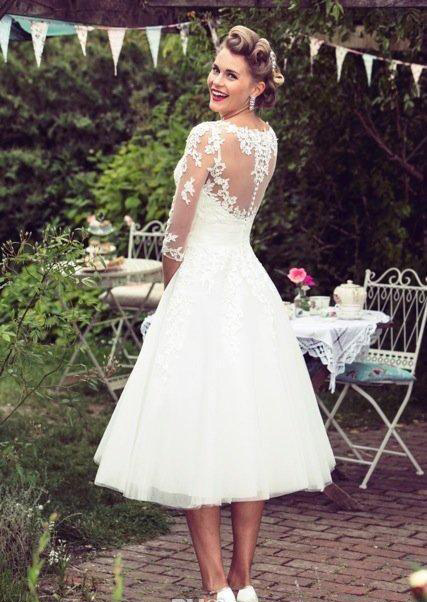 Vintage 50's Style Short Lace Wedding Dresses Half Sleeves Tulle Lace Applique