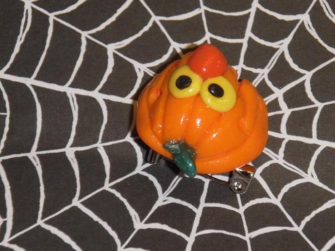 jolly polymer clay jack o lantern pin v2