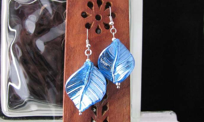 Twisted blue glass leaf earring set - Item Number 5524
