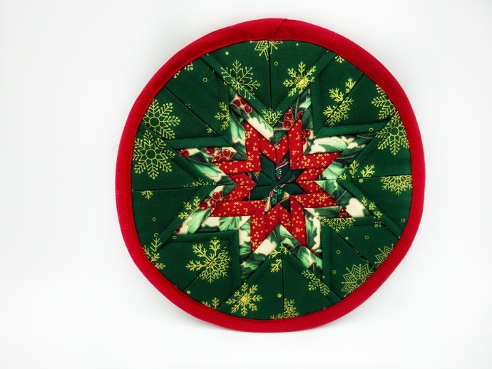 Quilted Christmas Star Hot Pad, New Home Housewarming Gift, Table Trivets, Gift