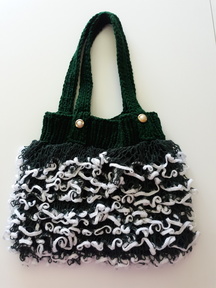Novelty knit purse