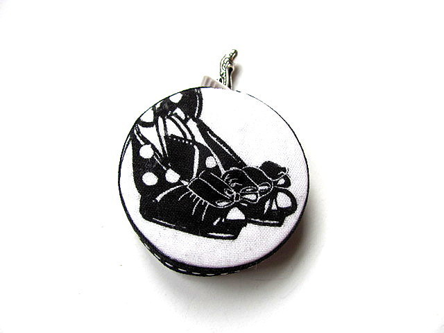 Retractable Measuring Tape with  High Heels Shoes Retractable Tape Measure