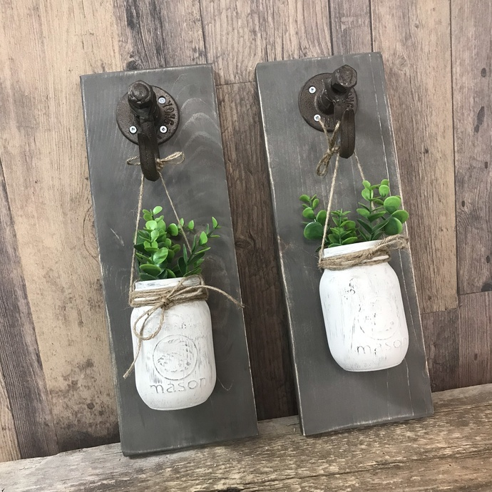 DIY- Daily or Nightly Hanging Mason Jar Decor