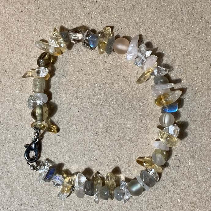 Beaded Sea glass bracelet, single strand, everyday bracelet 2102