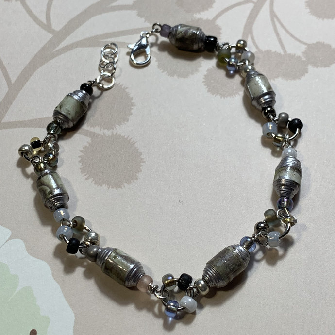 Beaded bracelet, single strand, silver metals, seed beads, white gray and