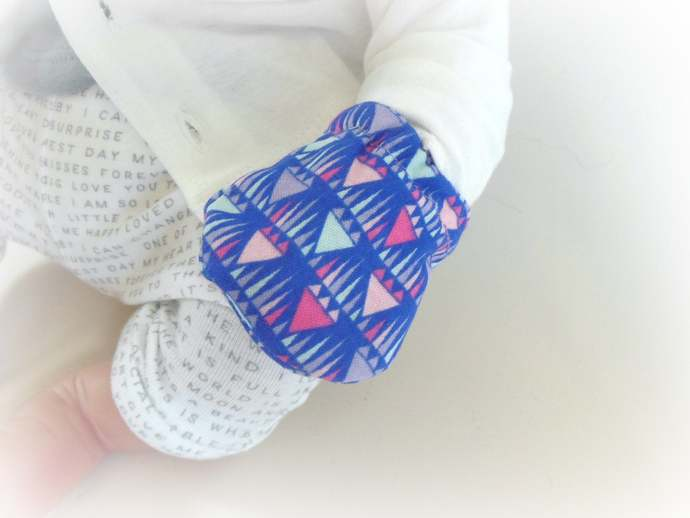 Infant Scratch Mittens, Baby Mittens, No Scratch Mittens in Purple Geometric