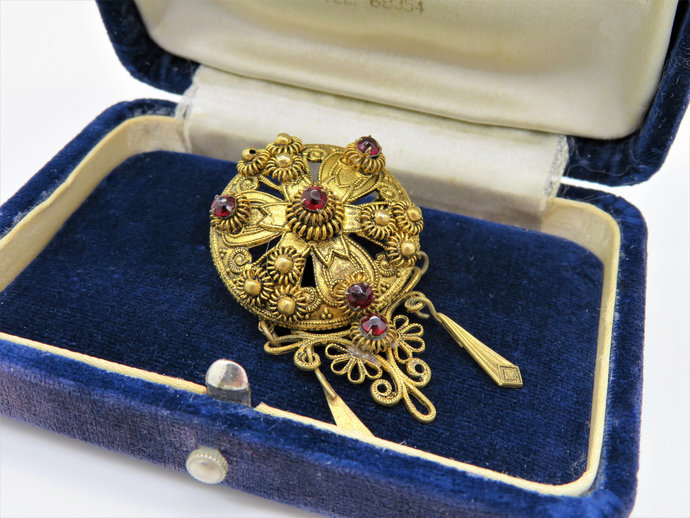 Antique Victorian Garnet Set Tassel dropper Brooch Pin