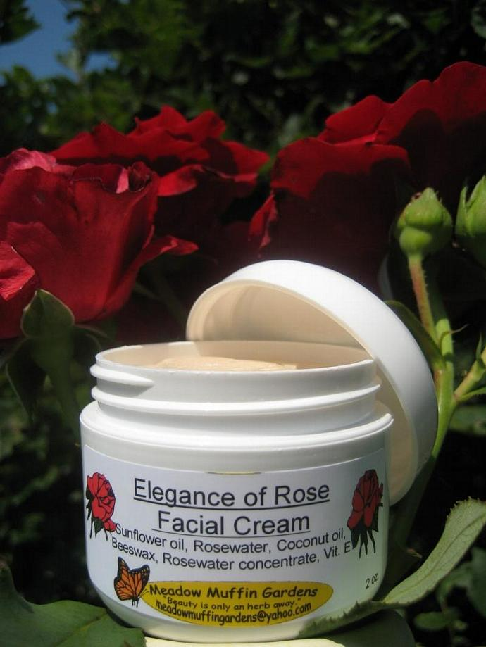 The Regal Rose Facial Moisturizing Cream