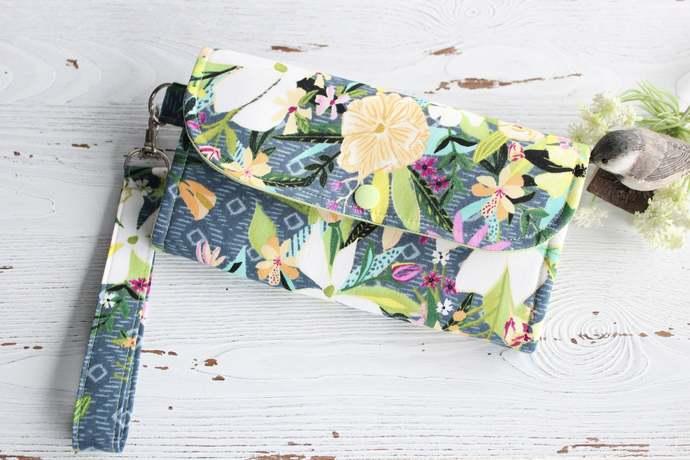 Tropical floral Womens wallet, Wristlet fabric wallet, Womans clutch, handmade