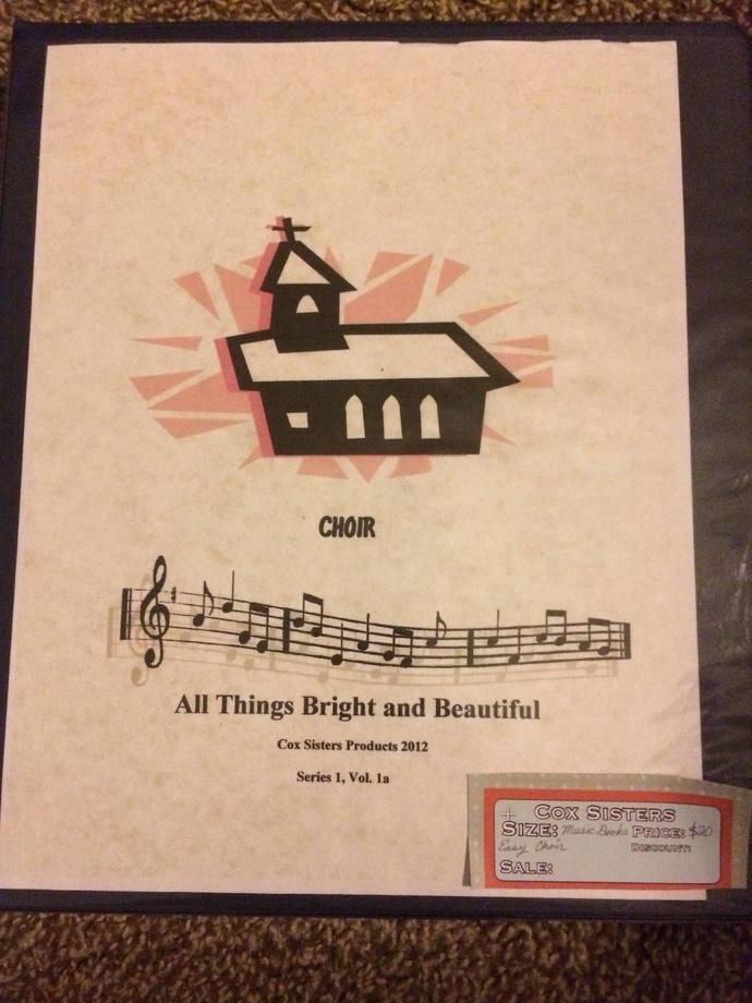 Easy Choir Volume with easy accompaniment .