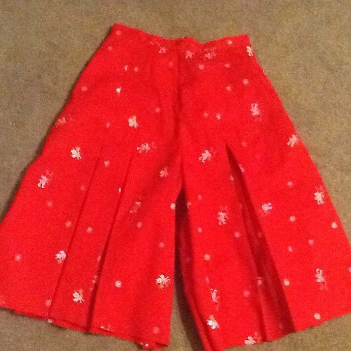 Budget Cheer leader Pleated Culottes