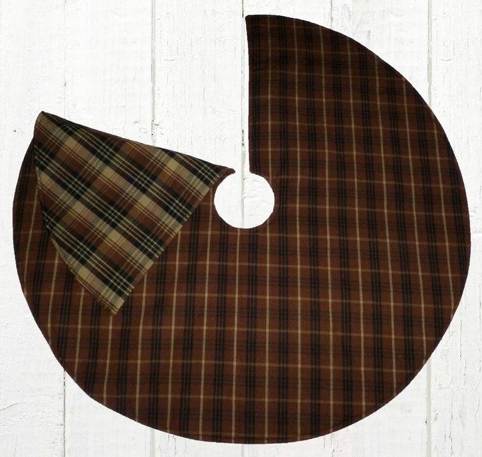 Reversible Christmas Tree Skirt / Brown Black Tan Plaid / 20, 25, 30, 35, 40 /
