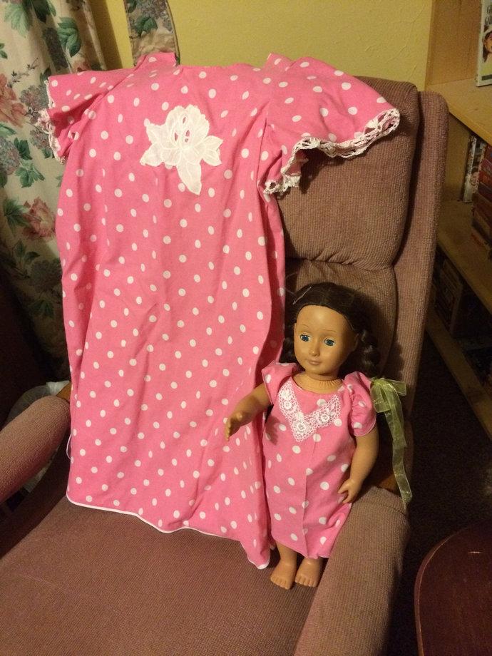 Budget Nightshirt and Matching Doll Set